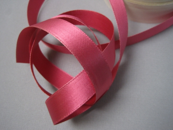 Vintage 30s rose pink satin fabric ribbon