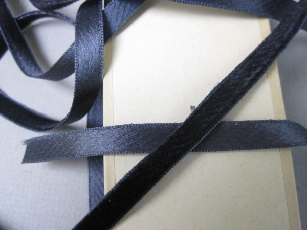 1/4 inch navy blue velvet ribbon