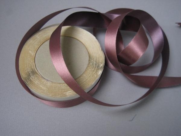 narrow ribbon