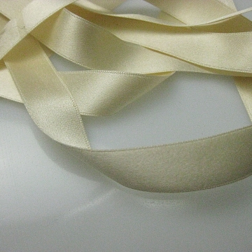 Antique Victorian silk ribbon 1900s French  cream 5/8 inch wide P057