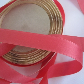 Vintage 50s Rose satin ribbon Fabric ribbon Rayon ribbon trim Rose pink ribbon 5/8 inch ribbon